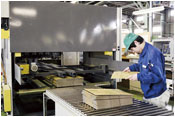 工場での製造
